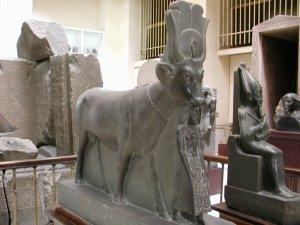 scultura Hathor